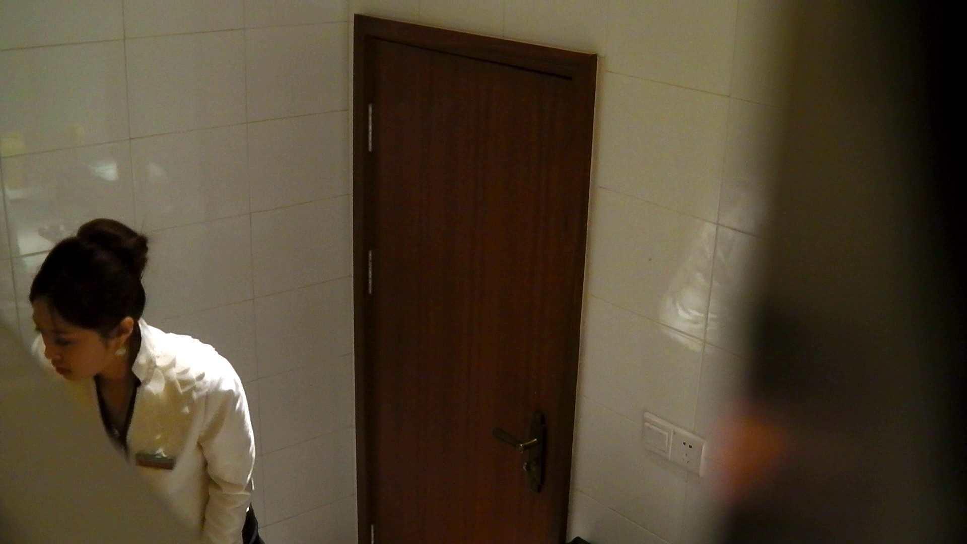 洗寿観音さんの 化粧室は四面楚歌Nol.4 洗面所 | エッチすぎるOL達  55連発 55