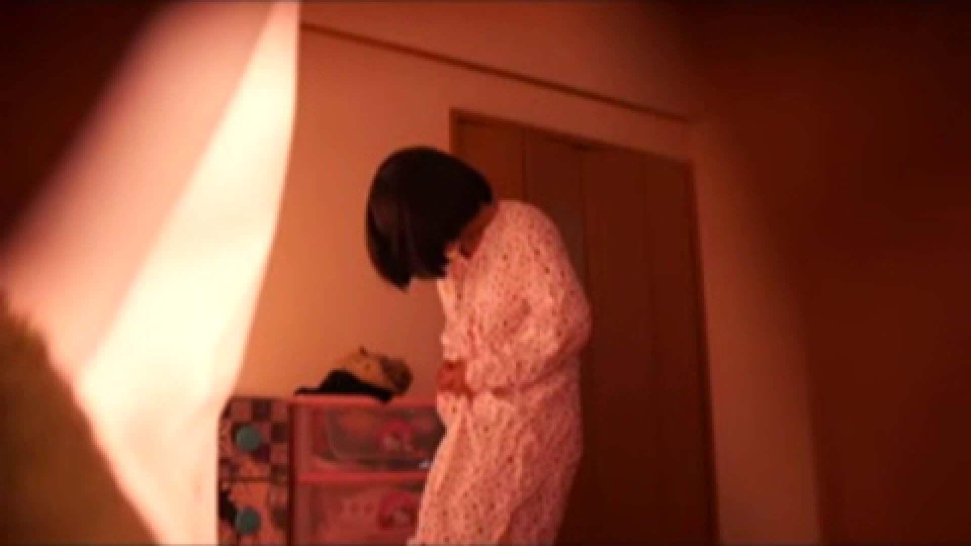 vol.2 まりこさんのお着替え、就寝前の映像です。 エッチすぎるOL達  29連発 6