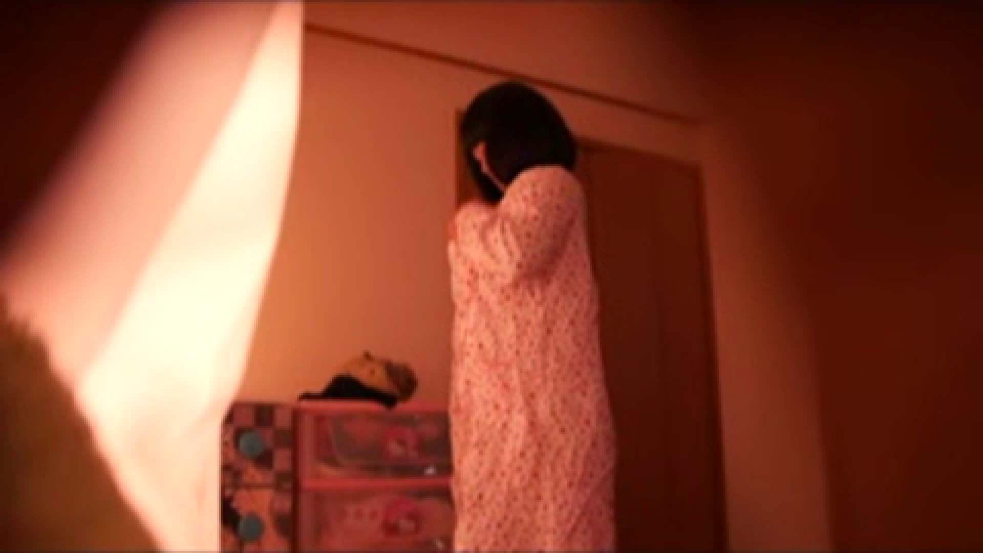 vol.2 まりこさんのお着替え、就寝前の映像です。 エッチすぎるOL達 | 着替えシーン  29連発 13