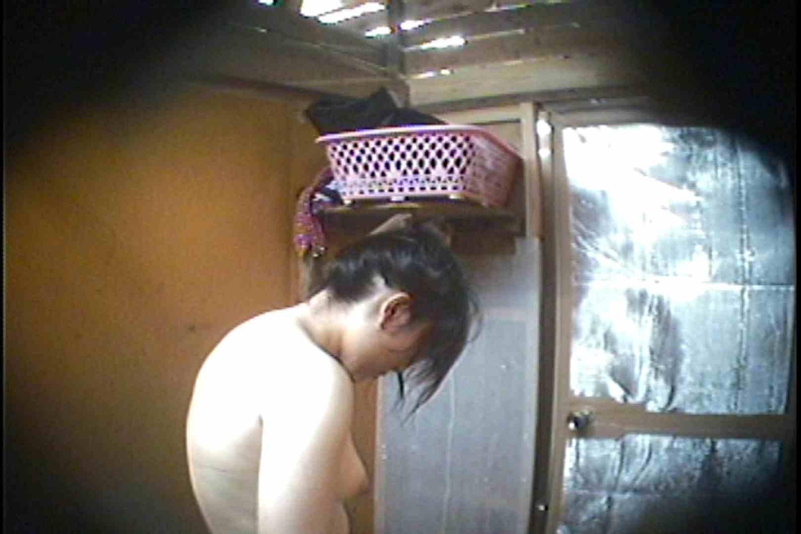 海の家の更衣室 Vol.37 シャワー 覗きおまんこ画像 75連発 44