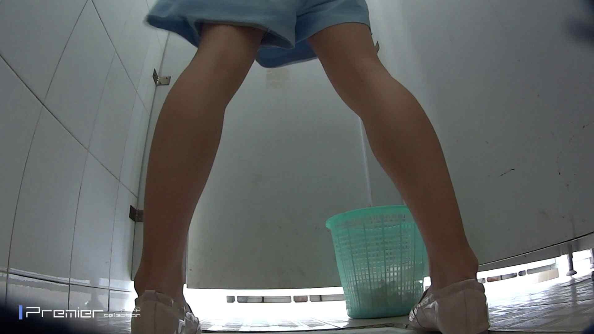 美しい女良たちのトイレ事情 有名大学休憩時間の洗面所事情06 トイレ中の女子達 おめこ無修正画像 80連発 4