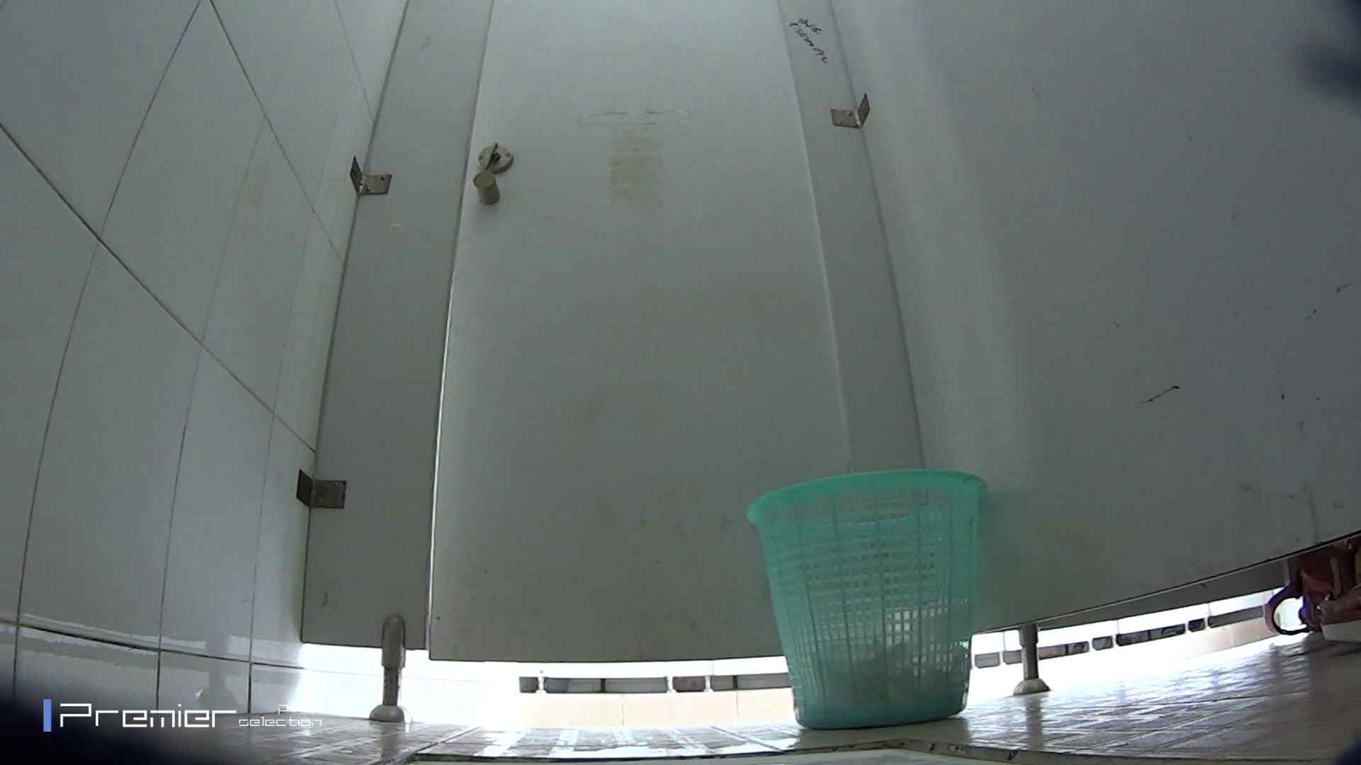美しい女良たちのトイレ事情 有名大学休憩時間の洗面所事情06 盗撮映像大放出  80連発 45