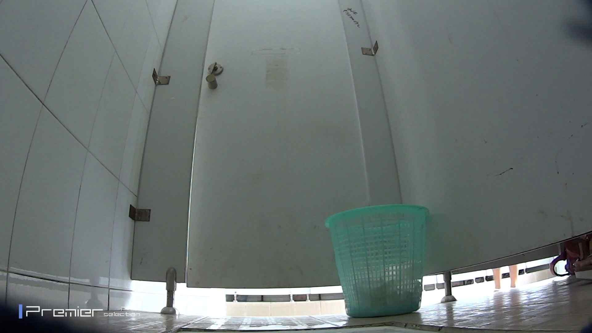 美しい女良たちのトイレ事情 有名大学休憩時間の洗面所事情06 盗撮映像大放出 | エッチすぎるお姉さん  80連発 46