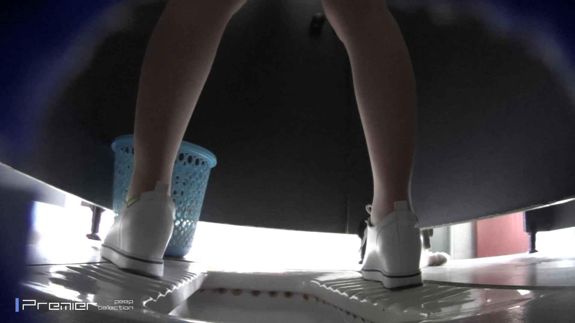 清楚なJDトイレ盗撮 大学休憩時間の洗面所事情41 エッチすぎる美女 すけべAV動画紹介 85連発 17