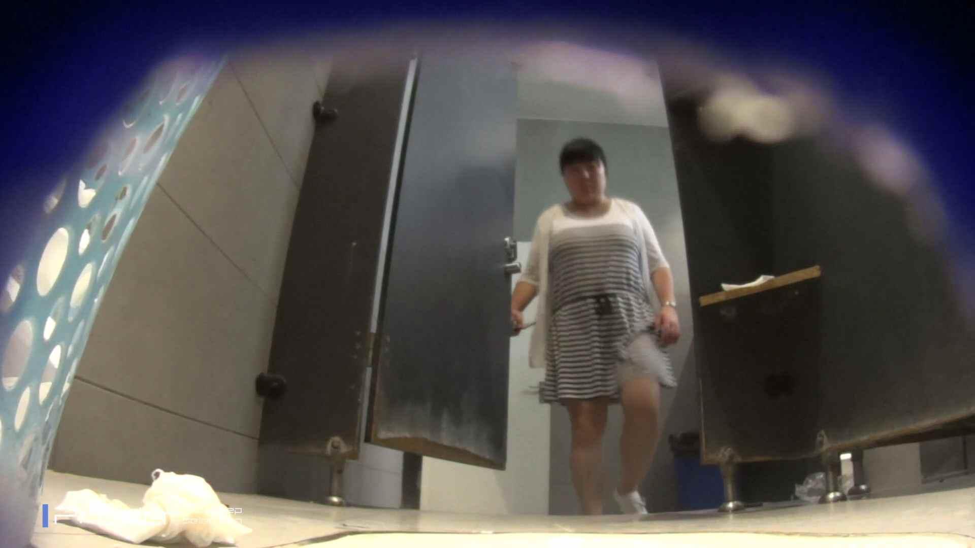 ポッチャリ好きは必見!大学休憩時間の洗面所事情66 エッチすぎる美女 盗撮動画紹介 88連発 3