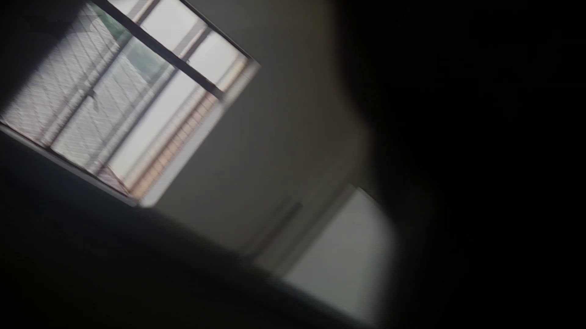 潜入!!台湾名門女学院 Vol.04 二ケツ同時撮り!! 盗撮映像大放出 | エロくん潜入  67連発 29