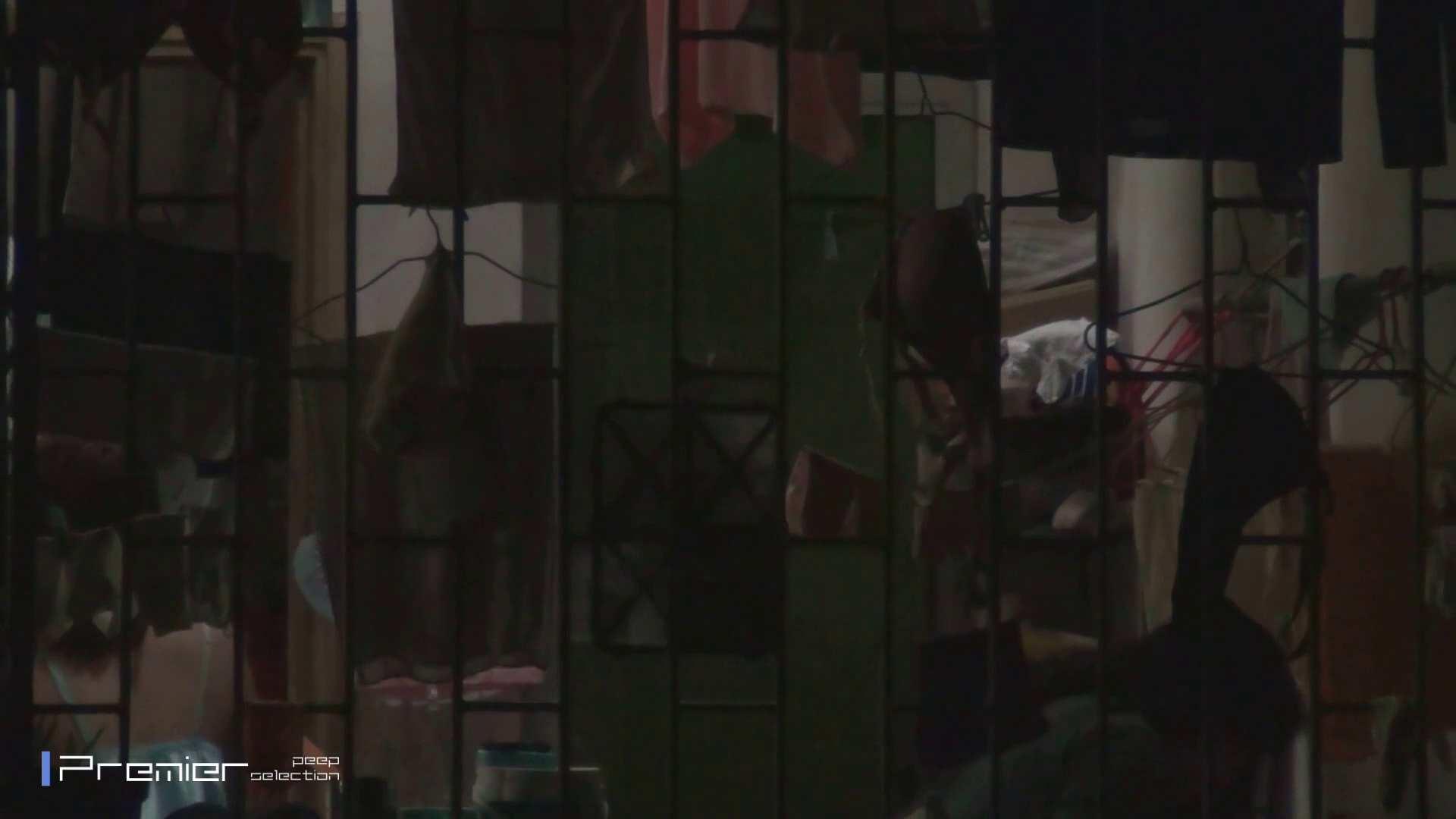 美女の痴態に密着!洗濯物を干す女 Vol.07 洗面所 濡れ場動画紹介 30連発 11