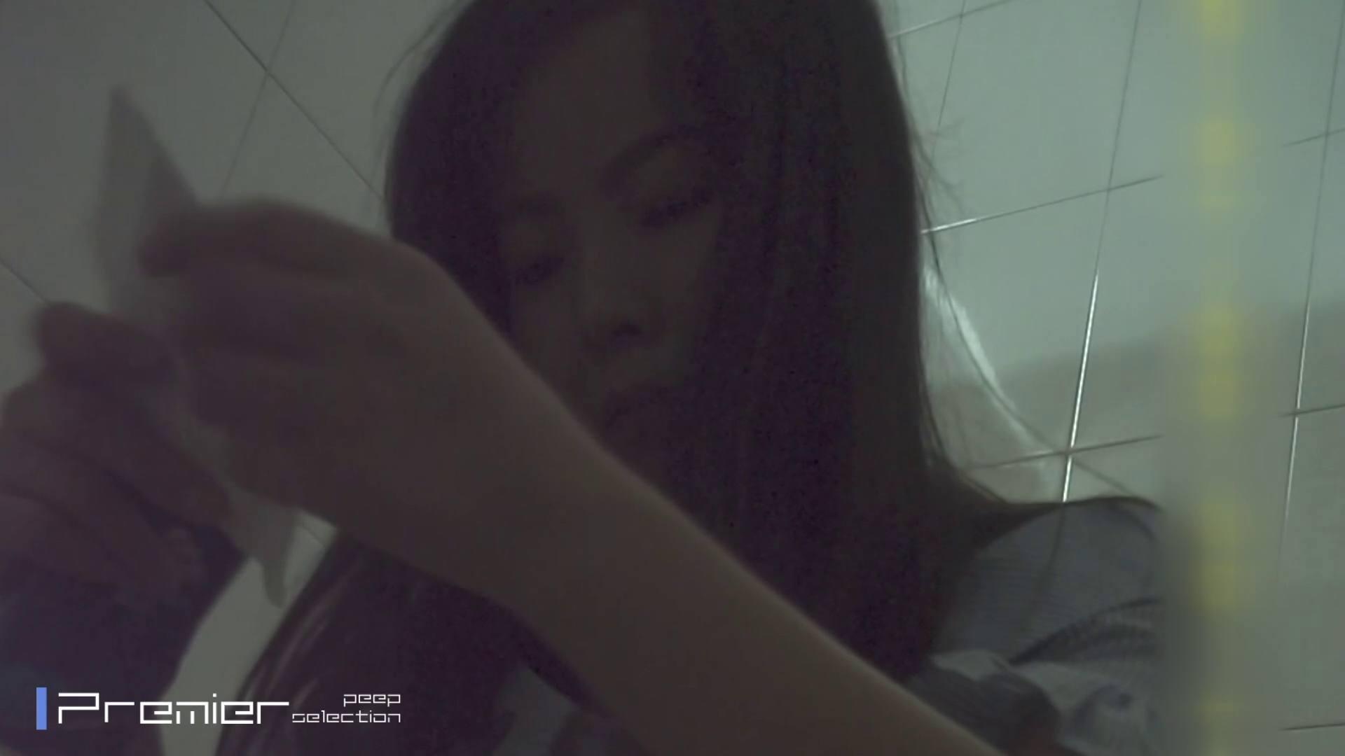 トイレシーンを密着盗撮!! 美女の痴態に密着!Vol.31 エロくん潜入 ワレメ無修正動画無料 22連発 13