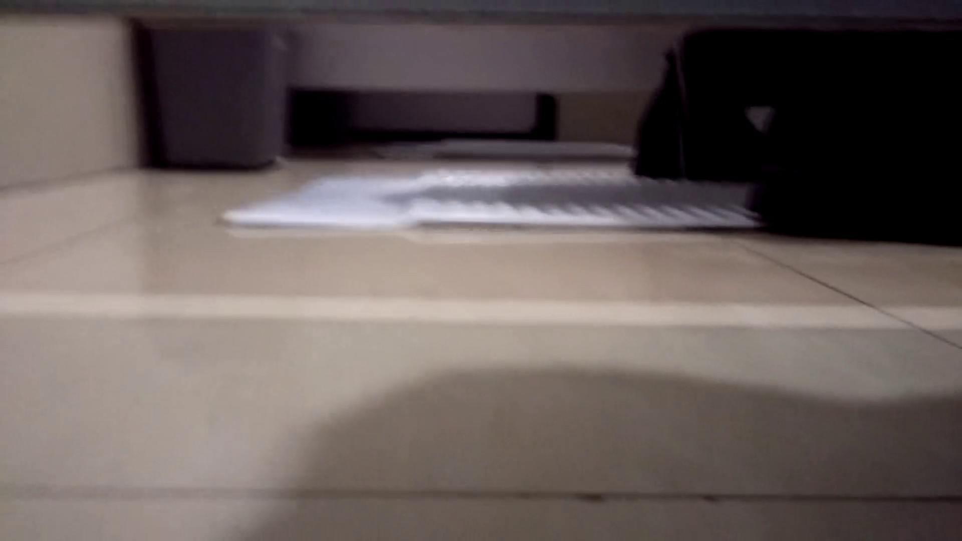 芸術大学ガチ潜入盗撮 JD盗撮 美女の洗面所の秘密 Vol.102 エッチすぎるOL達 戯れ無修正画像 70連発 32