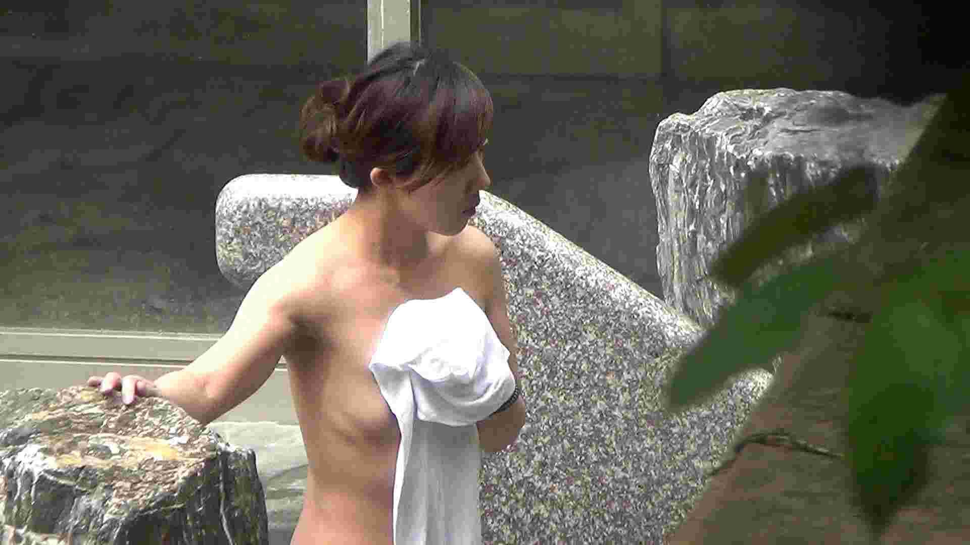 ハイビジョンVol.16 和服が似合いそうな上品さとそそり立つ巨大乳首 乳首くっきり SEX無修正画像 97連発 31