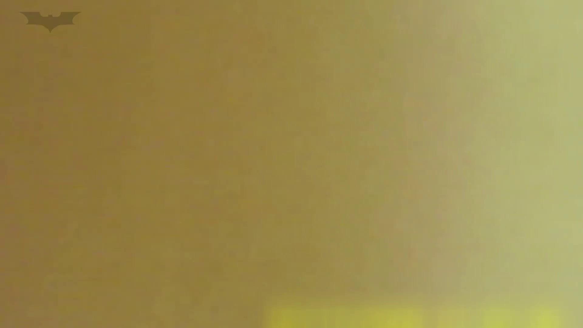 夏の思い出浜辺トイレ盗撮Vol.19 和式で踏ん張り中 すけべAV動画紹介 100連発 19