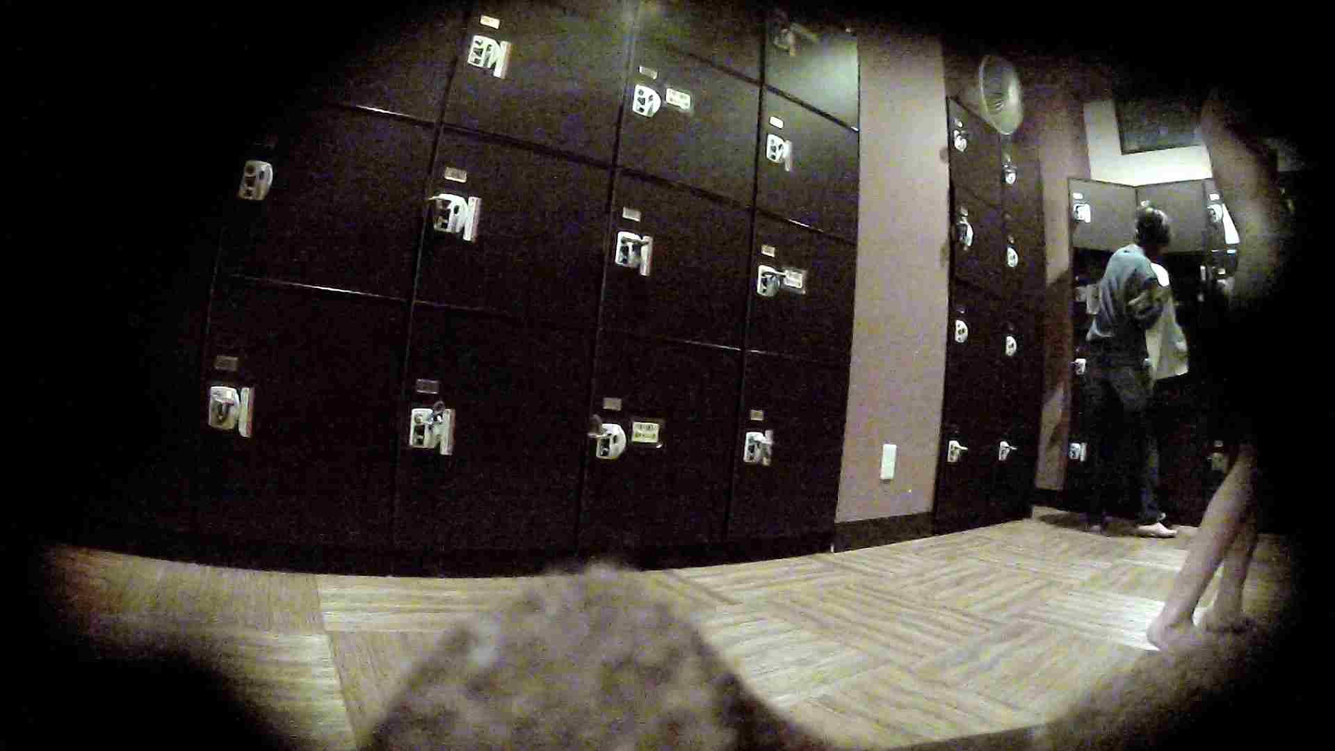 オムニバスVol.5 脱衣所のイケイケギャルがお勧め エロくん潜入 おめこ無修正画像 55連発 33