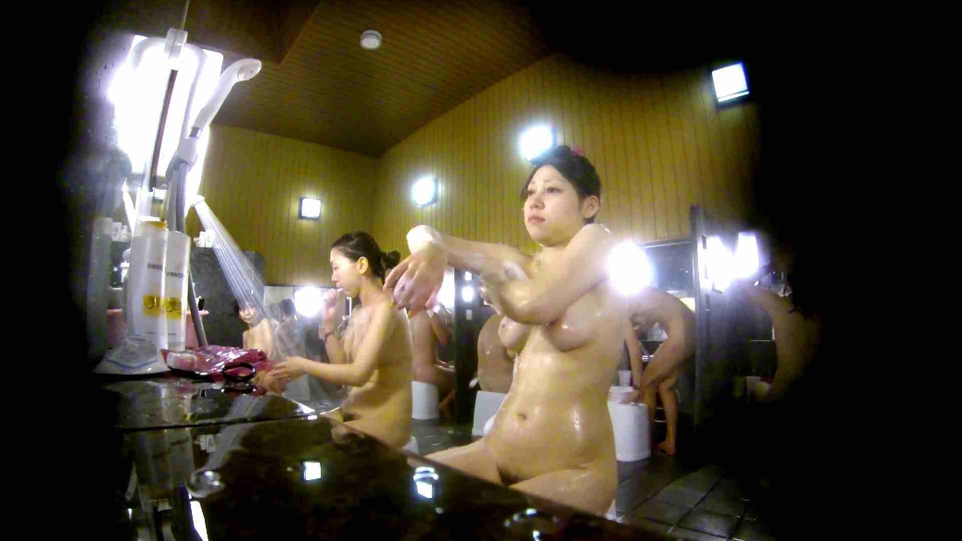 洗い場!柔らかそうな身体は良いけど、歯磨きが下品です。 銭湯特撮 | エロくん潜入  39連発 23