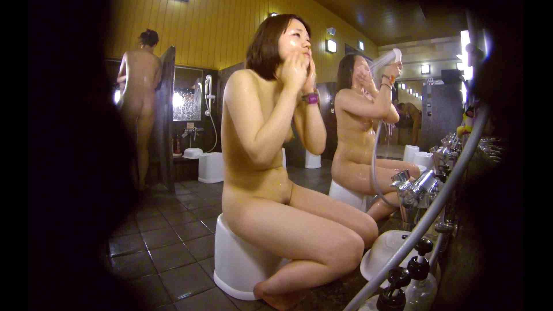 洗い場!ムッチリの2人組。美女ではないですが、触りたくなる体つき エロくん潜入  17連発 6
