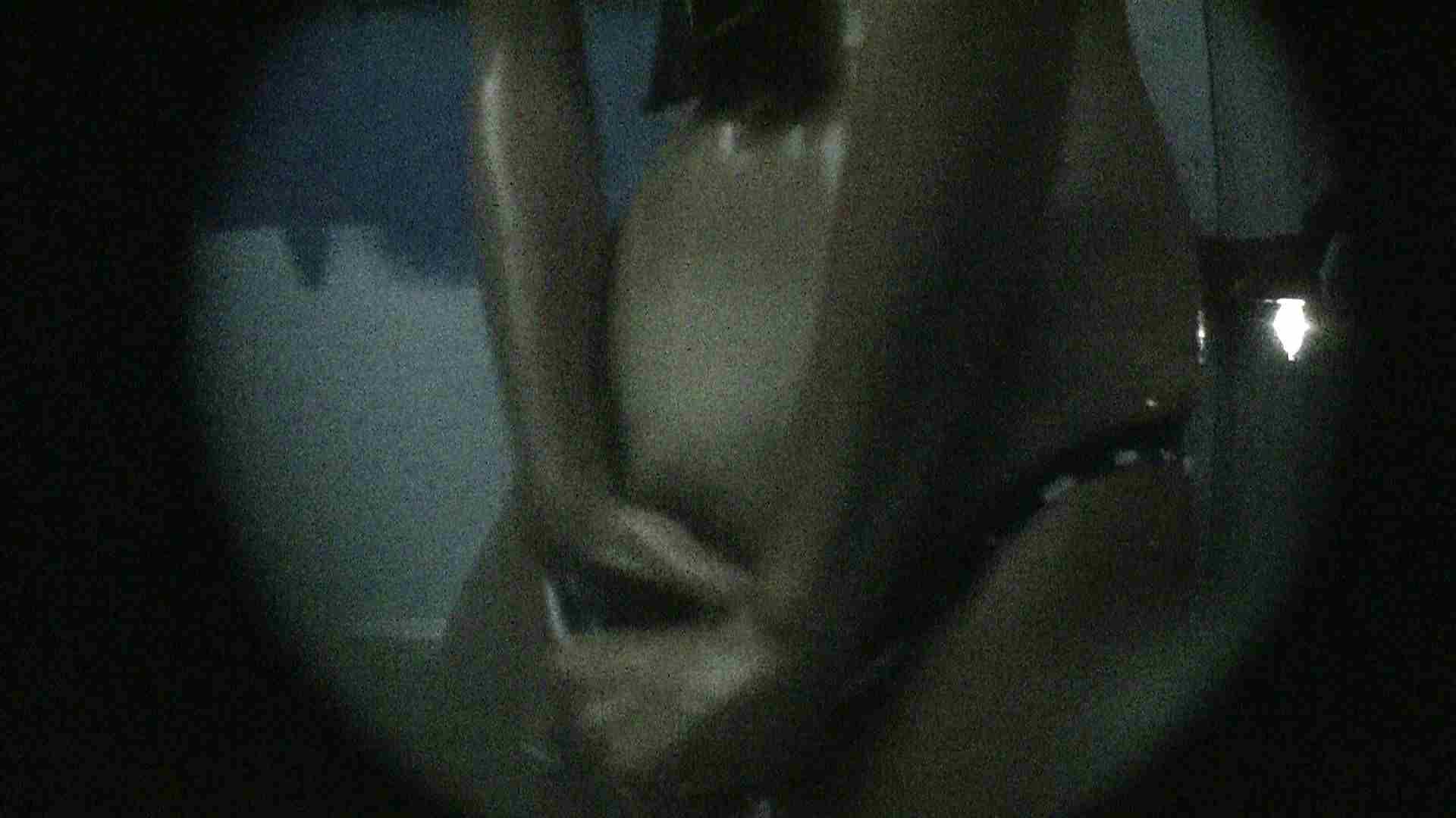 NO.13 暗いですが豪快な砂落としが好印象 シャワー室 セックス画像 107連発 14