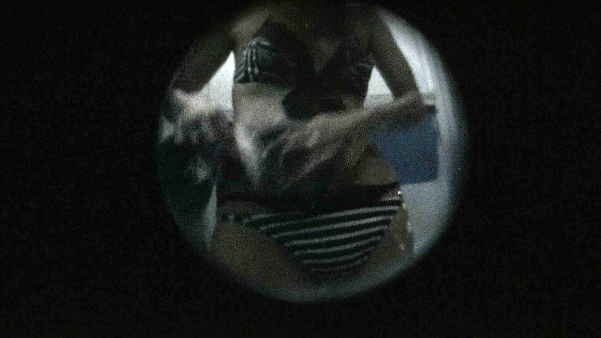 NO.13 暗いですが豪快な砂落としが好印象 シャワー室 セックス画像 107連発 35