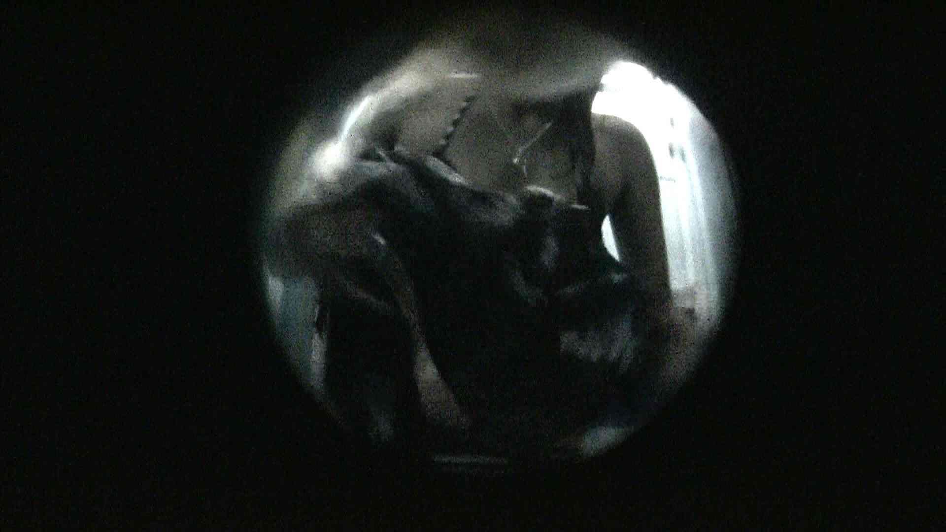 NO.13 暗いですが豪快な砂落としが好印象 シャワー室 セックス画像 107連発 38