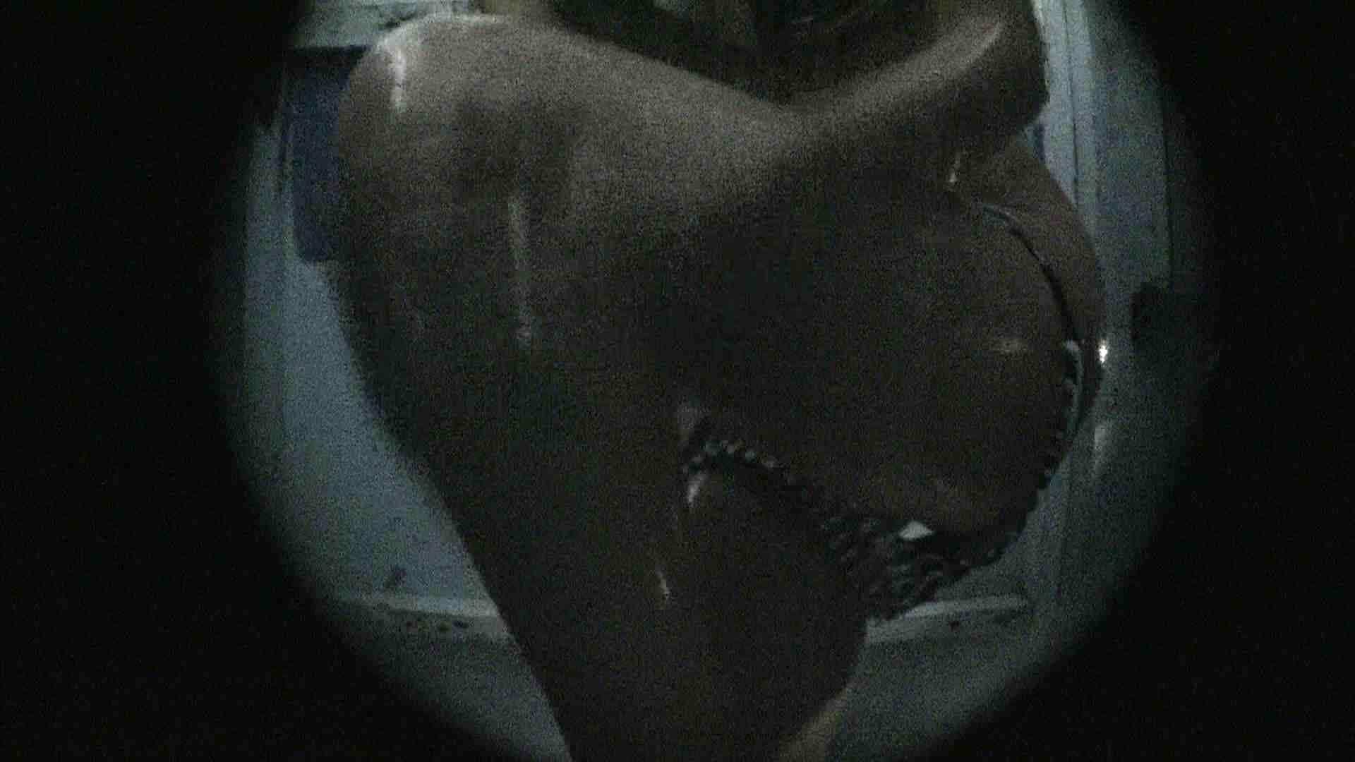 NO.13 暗いですが豪快な砂落としが好印象 シャワー室 セックス画像 107連発 104