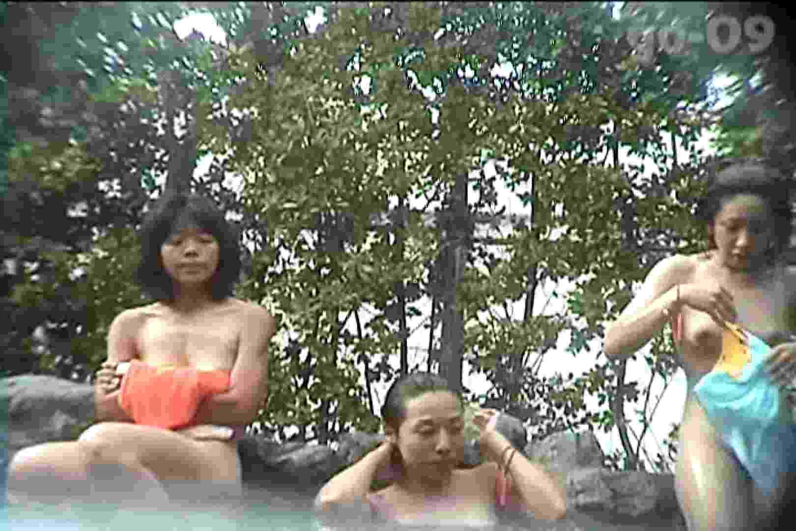 厳選潜入女風呂No.9 女風呂 のぞき動画画像 32連発 32