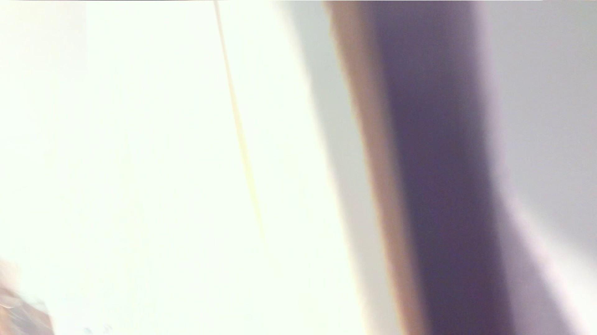 vol.33 美人アパレル胸チラ&パンチラ ギャル系ネーチャンの下着 0  73連発 44