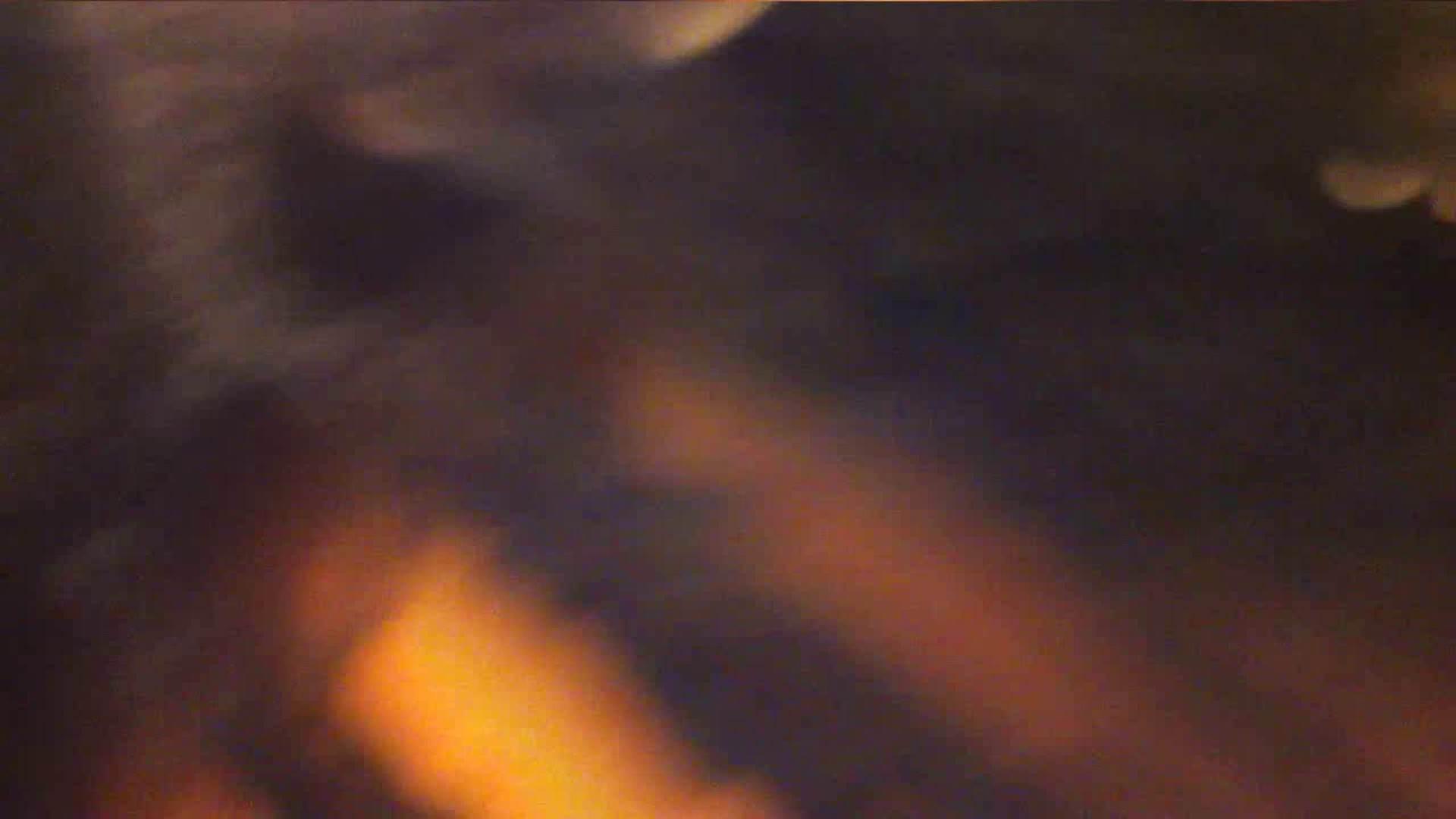 vol.35 美人アパレル胸チラ&パンチラ ひらひらスカートの中身は? 0  44連発 32