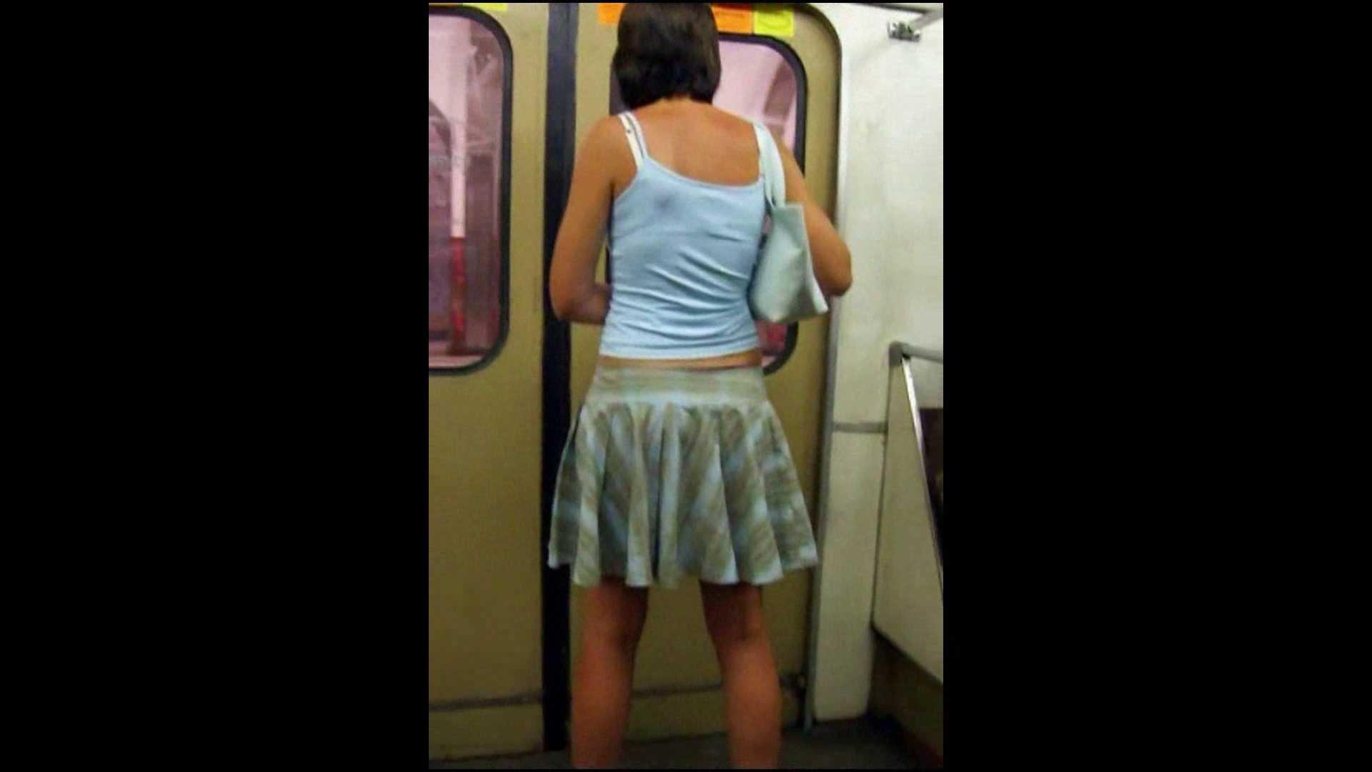 綺麗なモデルさんのスカート捲っちゃおう‼vol04 0 | 0  102連発 85