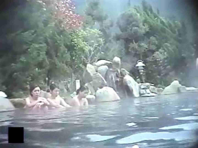 女体舞う露天風呂第一章 第五節 0  93連発 48
