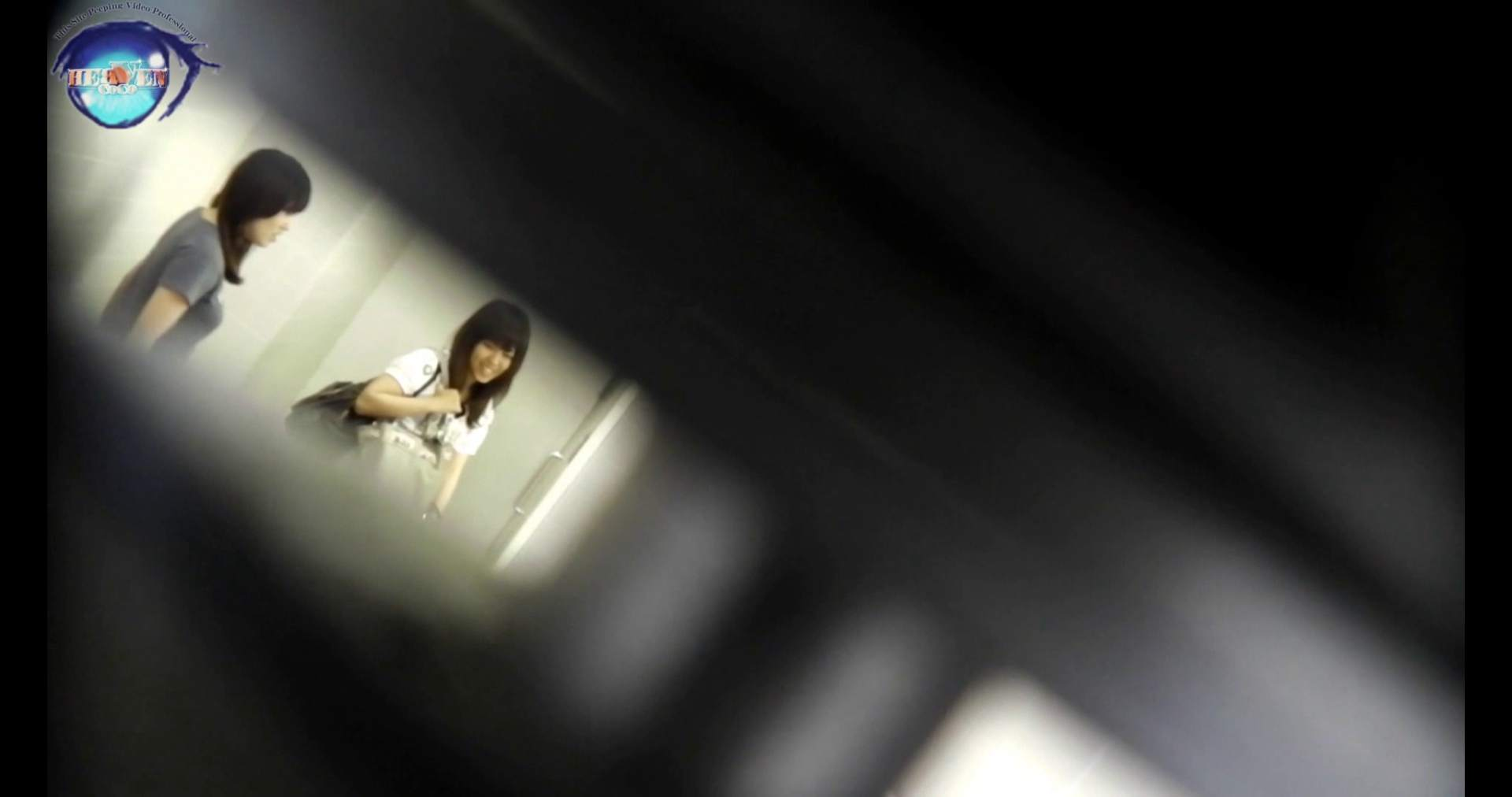 【お銀さんの「洗面所突入レポート!!」】お銀 vol.70 女性の日特集!!前編 0  36連発 2