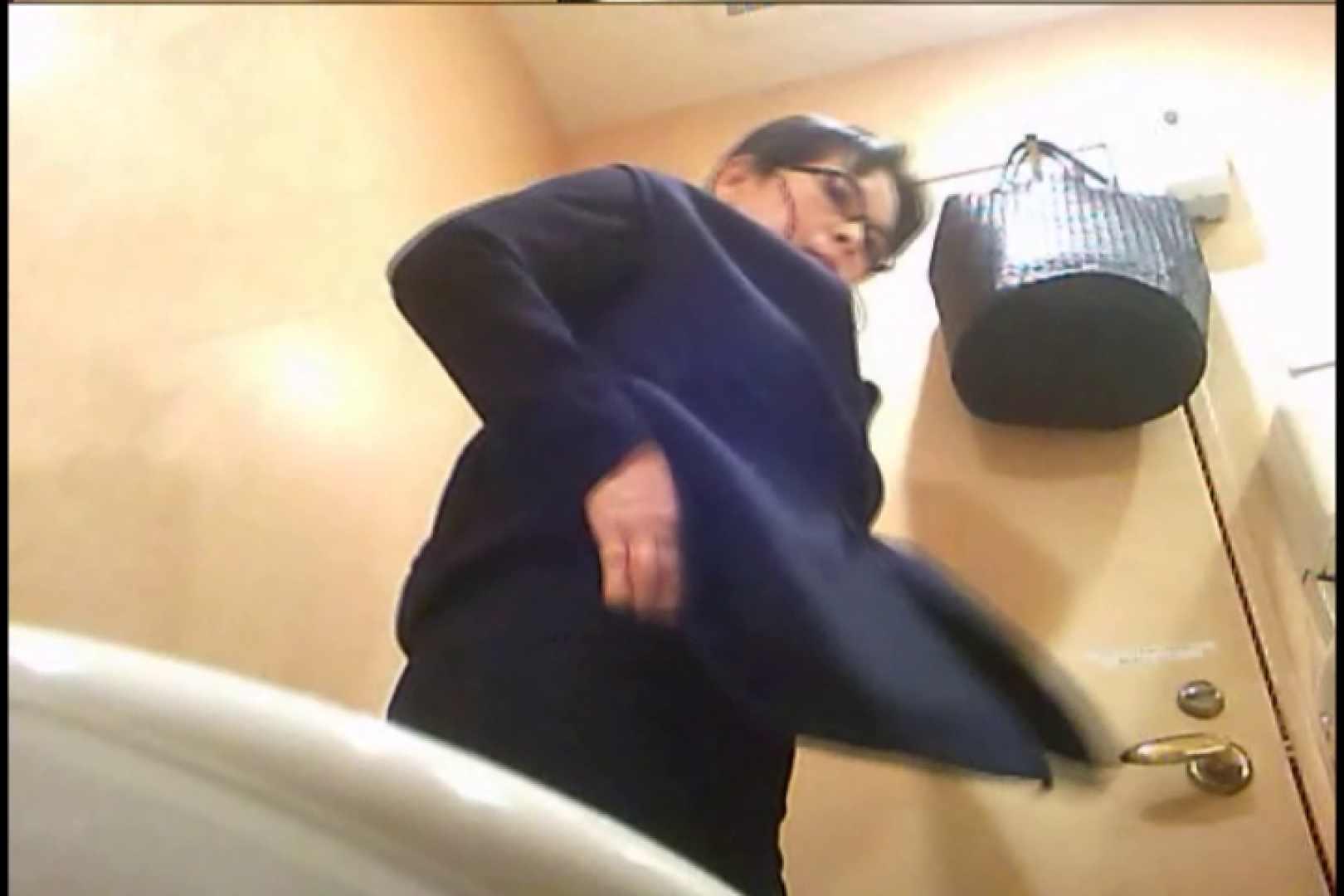 潜入!!女子化粧室盗撮~絶対見られたくない時間~vo,79 0 | 0  102連発 59
