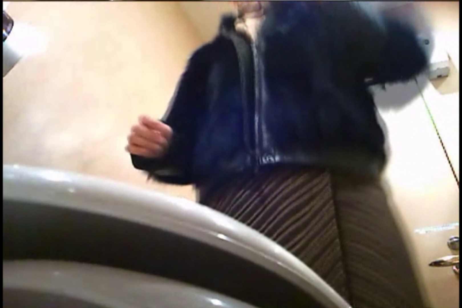 潜入!!女子化粧室盗撮~絶対見られたくない時間~vo,81 0  70連発 50