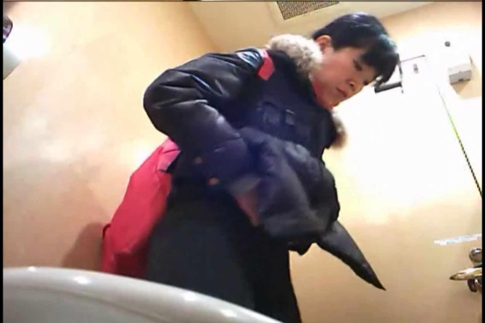 潜入!!女子化粧室盗撮~絶対見られたくない時間~vo,81 0 | 0  70連発 63