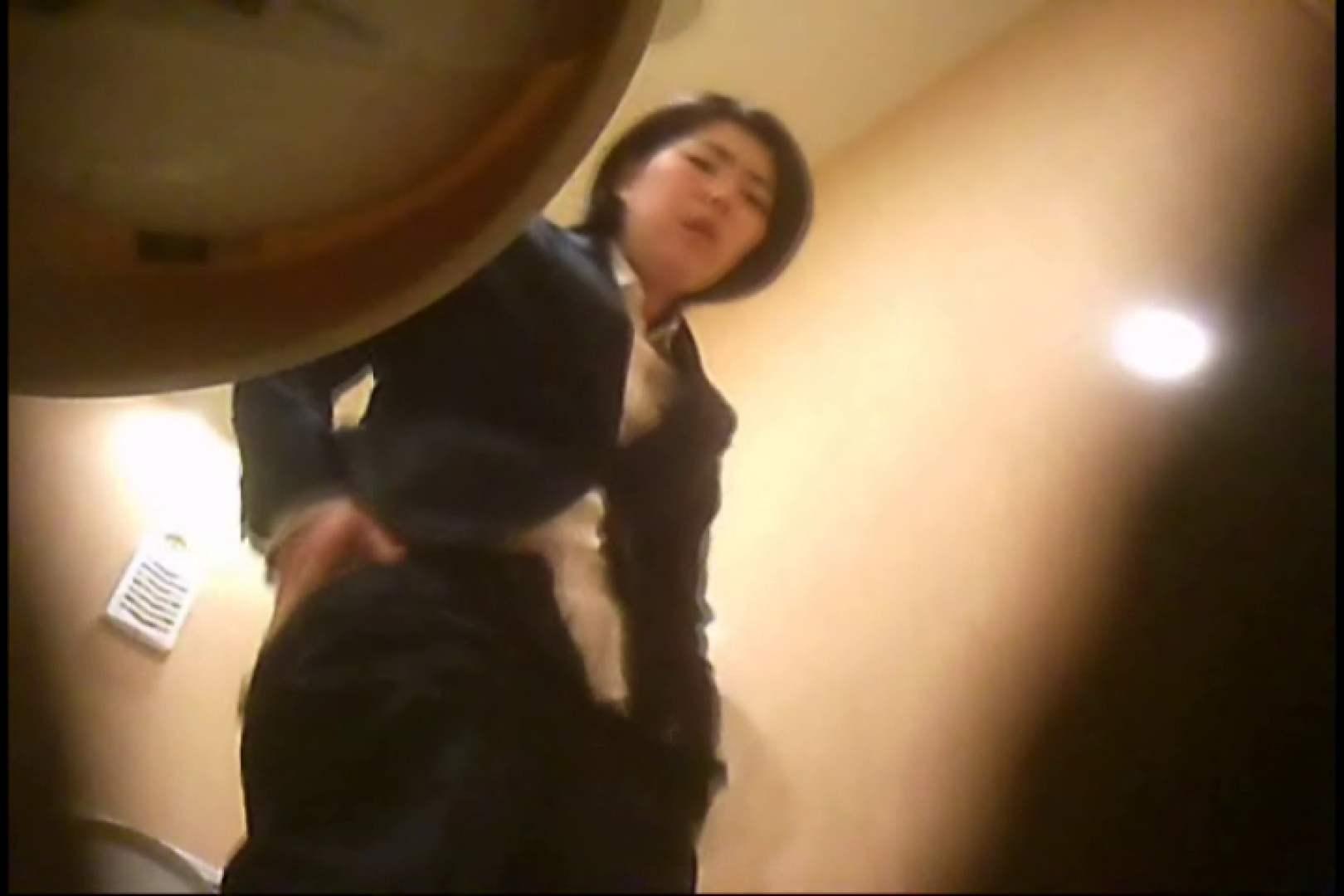潜入!!女子化粧室盗撮~絶対見られたくない時間~vo,94 0   0  100連発 13