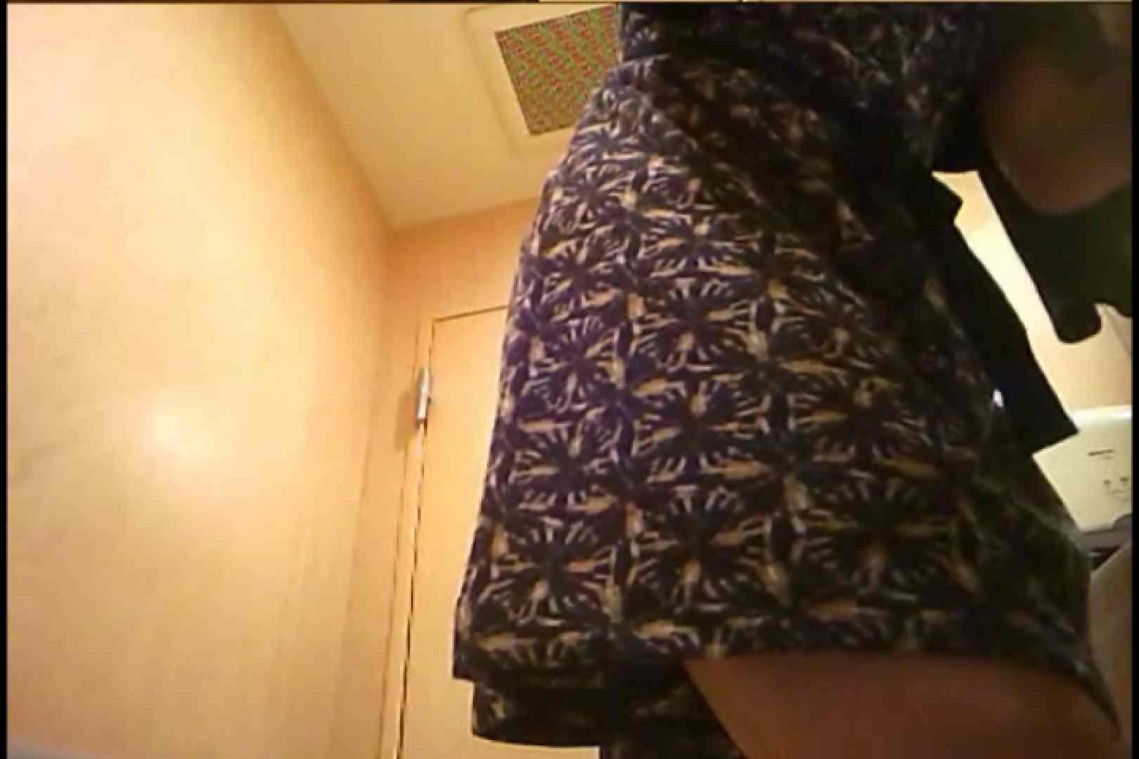 潜入!!女子化粧室盗撮~絶対見られたくない時間~vo,94 0   0  100連発 47