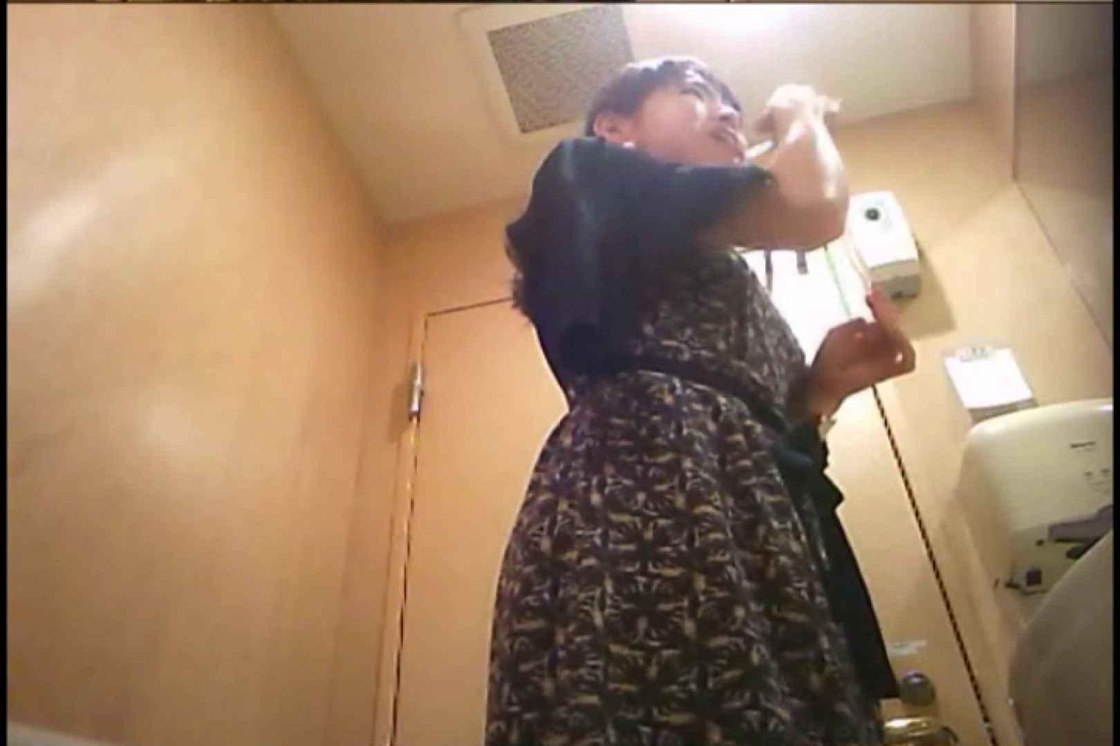 潜入!!女子化粧室盗撮~絶対見られたくない時間~vo,94 0   0  100連発 51