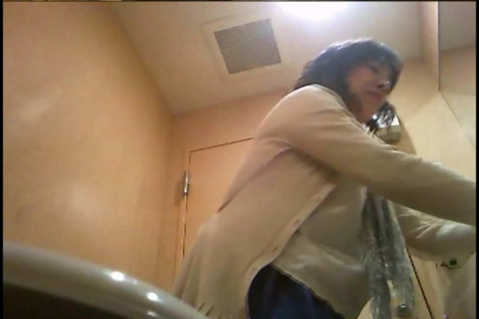 潜入!!女子化粧室盗撮~絶対見られたくない時間~vo,95 0  62連発 16