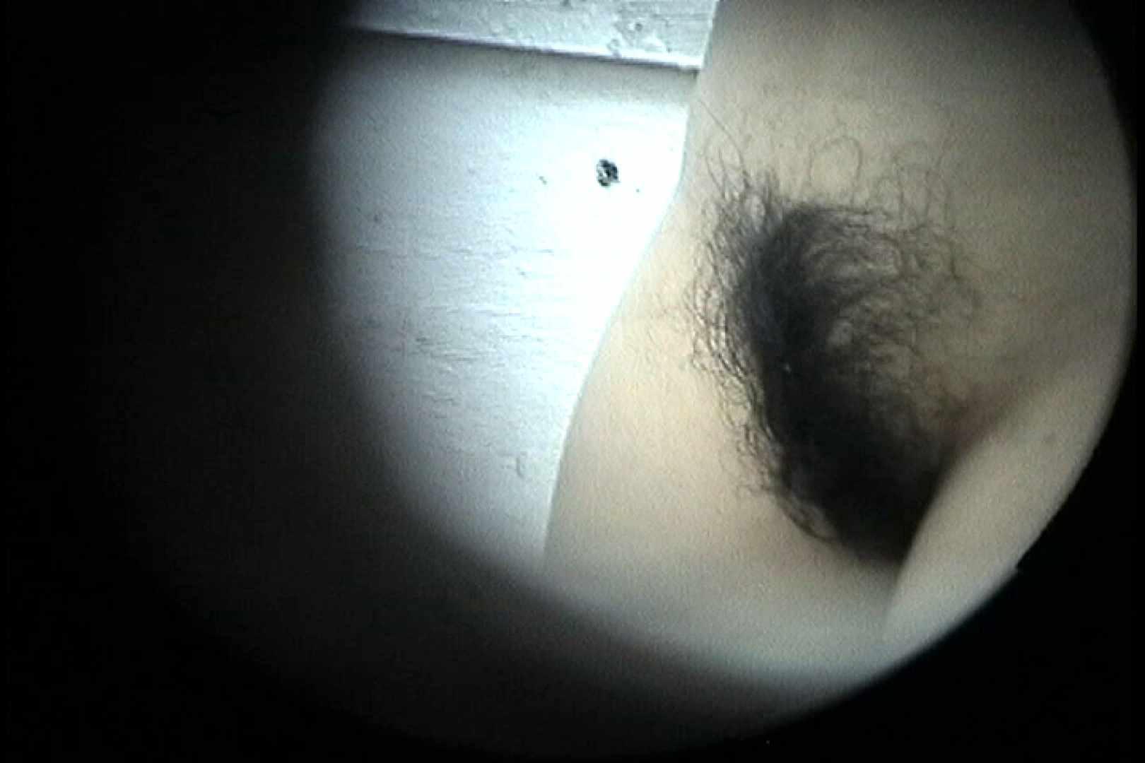 No.24 ビキニの割には陰毛は獰猛、ハミ毛が心配 0   0  104連発 41