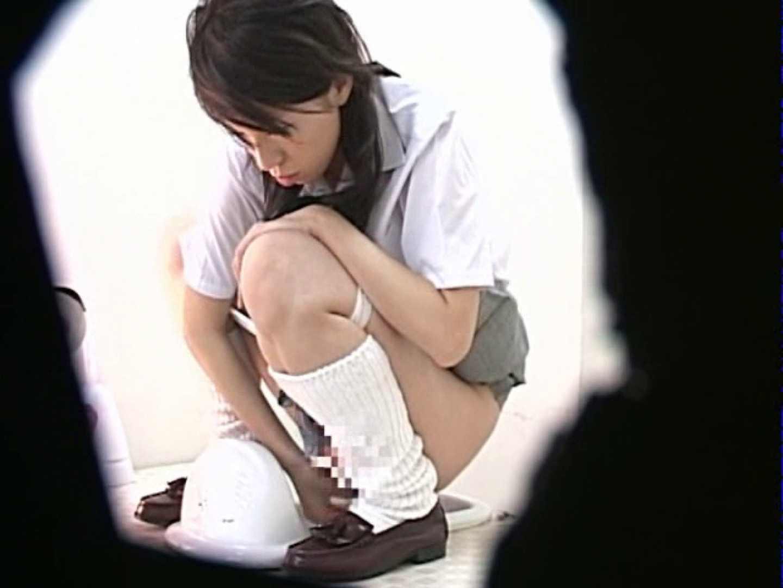 M字開脚制服女子を真下から盗撮! 0   0  103連発 37