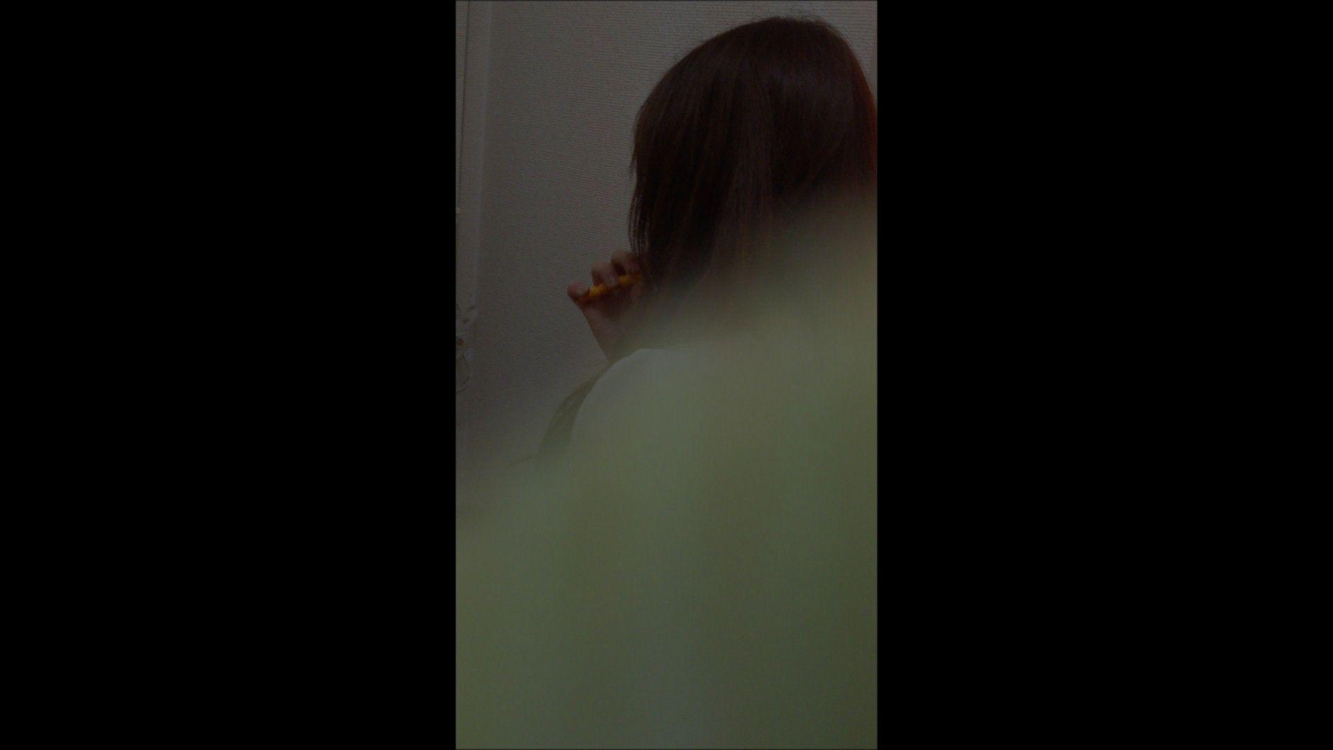 おまんこ丸見え:08(8日目)メイク中の彼女の顔を撮りました!:大奥