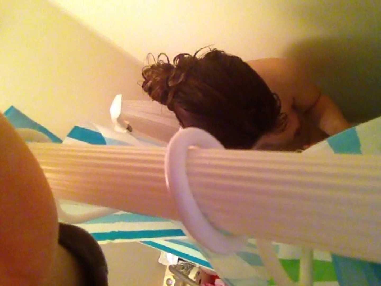11(11日目)上からシャワー中の彼女を覗き見 覗き  95連発 40