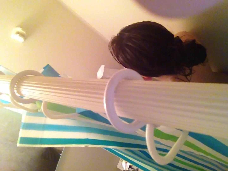 11(11日目)上からシャワー中の彼女を覗き見 覗き  95連発 48
