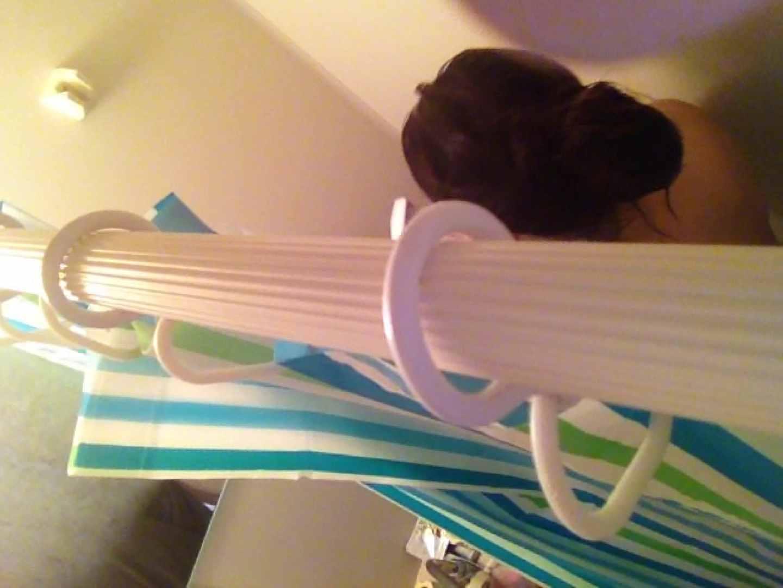 11(11日目)上からシャワー中の彼女を覗き見 覗き  95連発 58