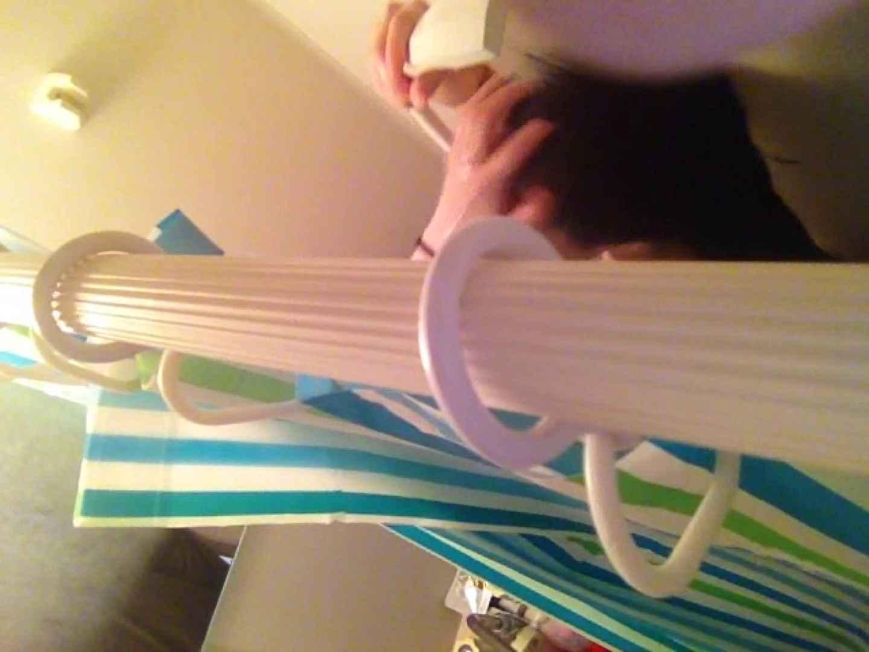 11(11日目)上からシャワー中の彼女を覗き見 覗き  95連発 66