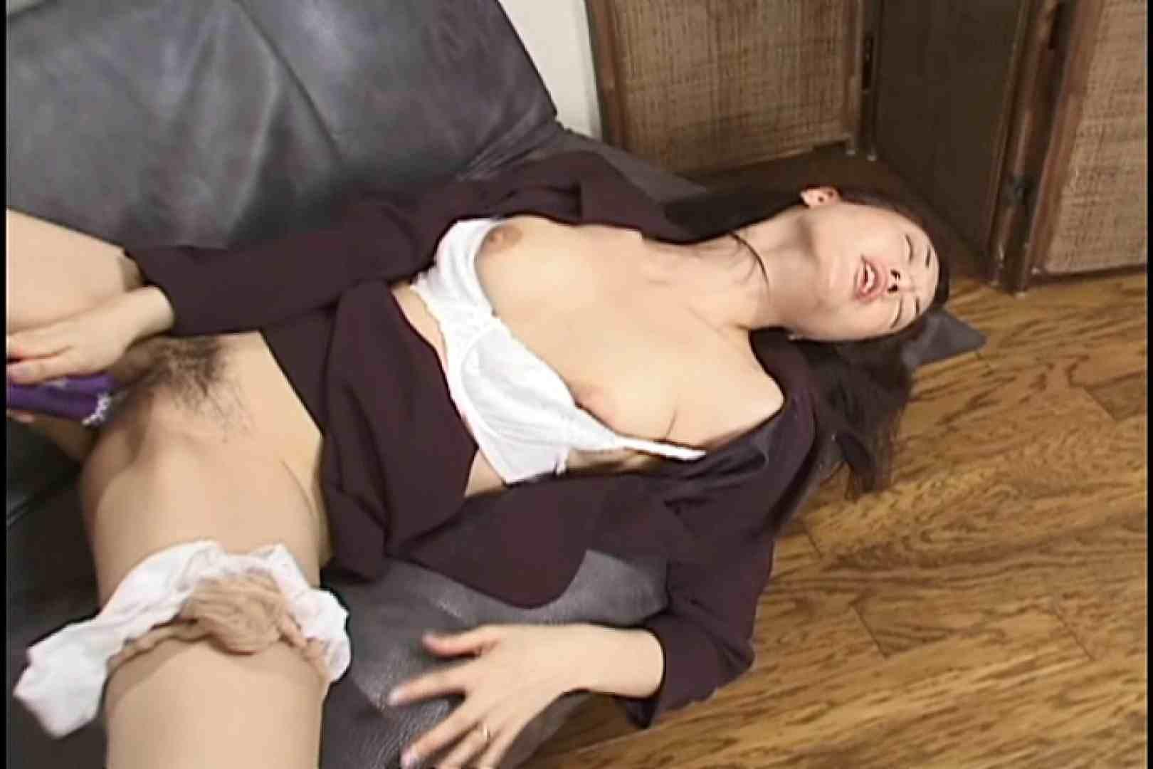 性欲に上限なし!熟女パワー全開~清水美佐子~ パンツ 戯れ無修正画像 43連発 32