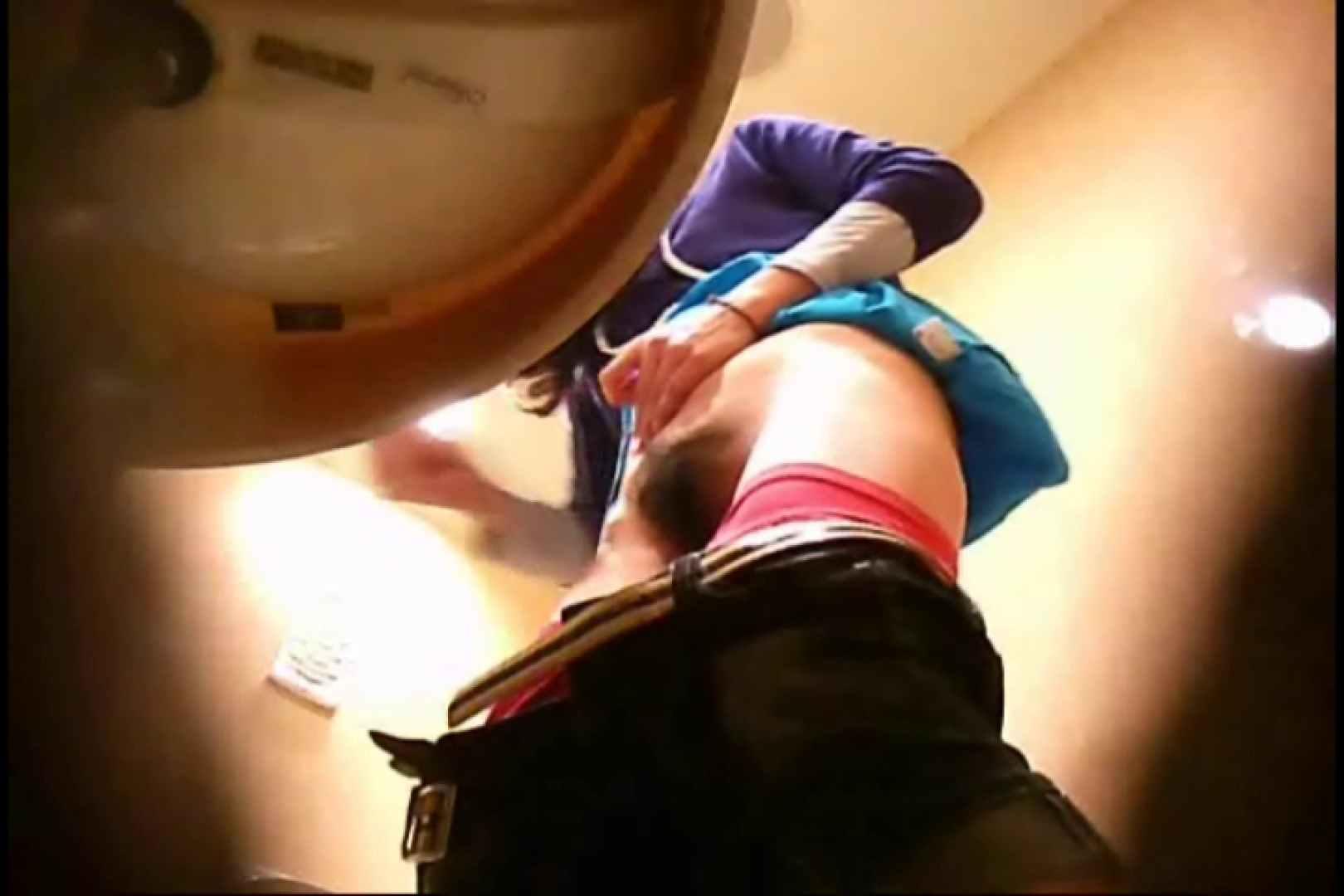 潜入!!女子化粧室盗撮~絶対見られたくない時間~vo,29 エロくん潜入 | パンツ  59連発 4