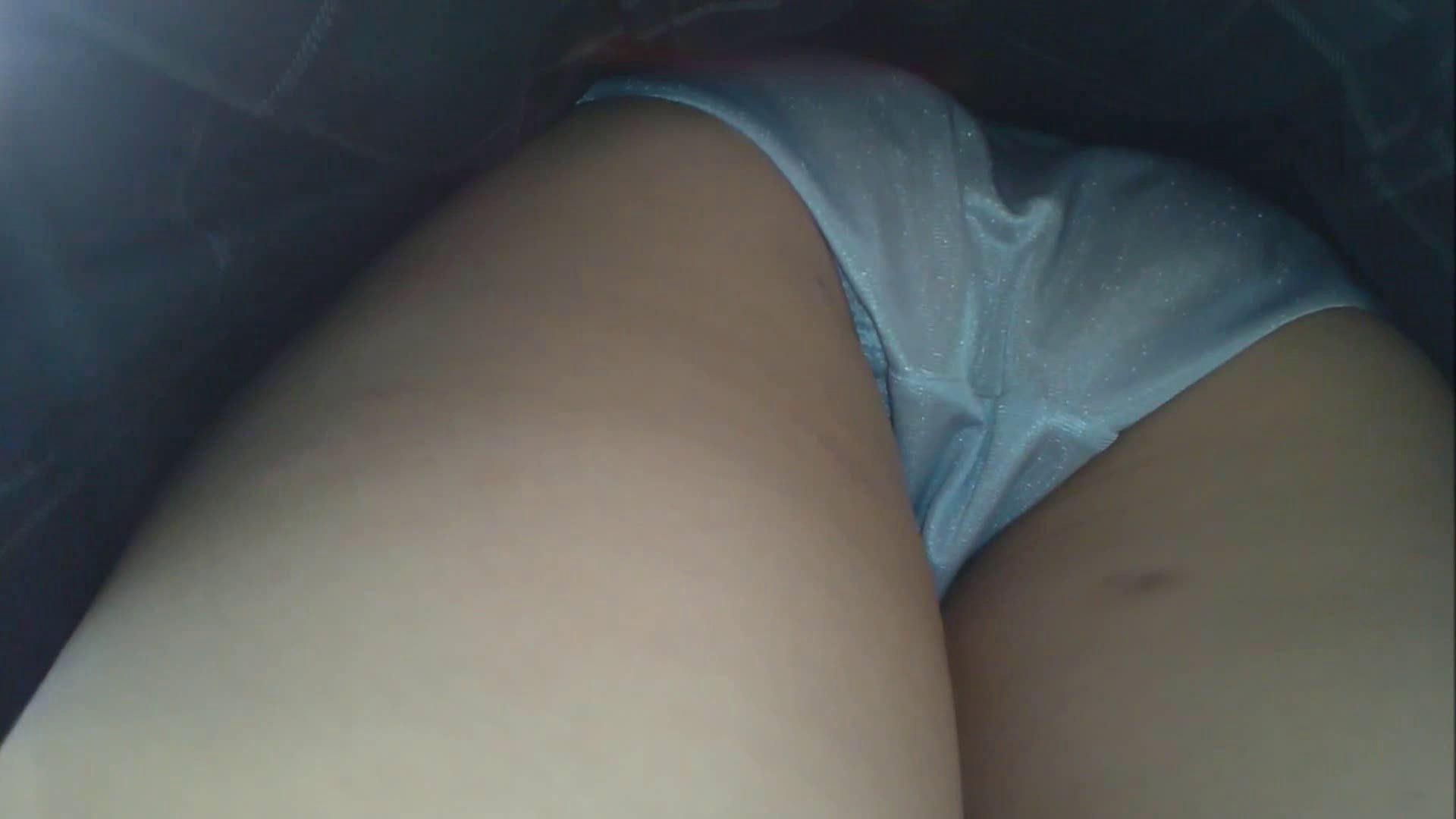 女子大生こっそりスカート捲り!!vol.03 制服  64連発 64
